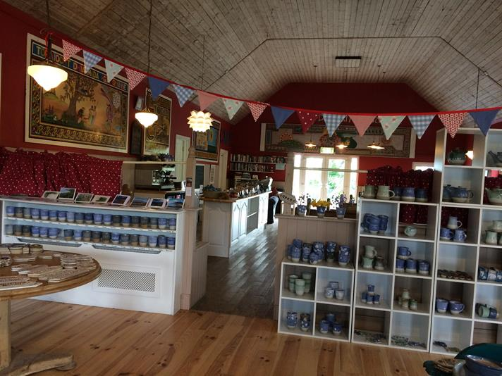 Penny's Pottery Shop in Ventry