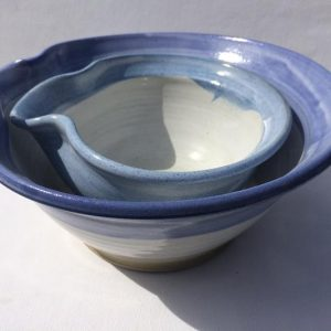 Large Lipped Mixing Bowl